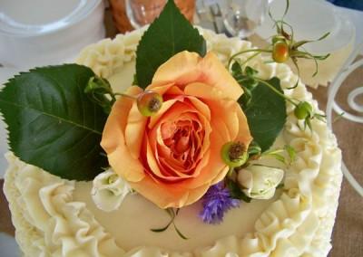 Wedding Cake with Rose